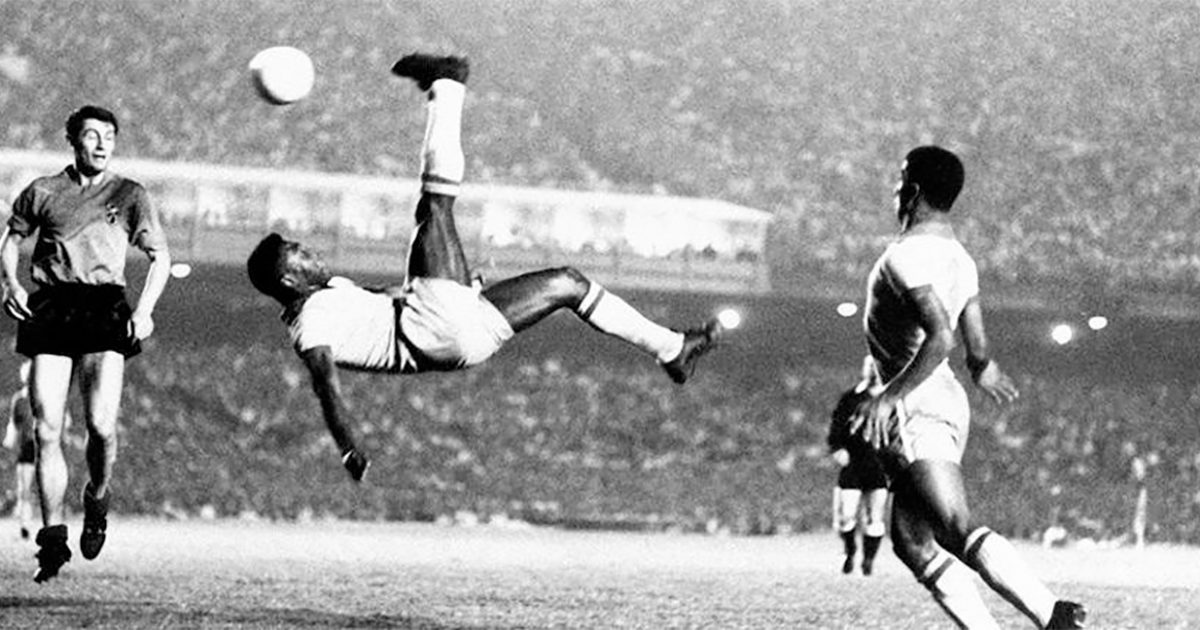 Pele 10 Executing The Perfect Bicycle Kick